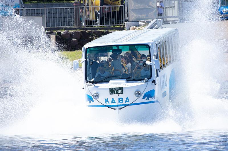 水陸両用車「KABABUS」で行く大衆演劇「立川けやき座」オンラインツアー